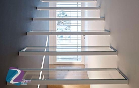 پله های شیشه ای چیست